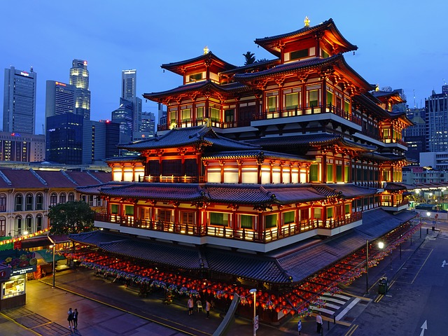 buddha-tooth-relic-temple-2025388_640