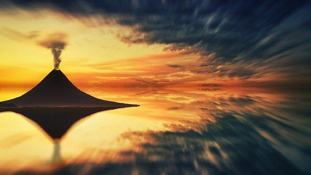 volcano-6568783_640